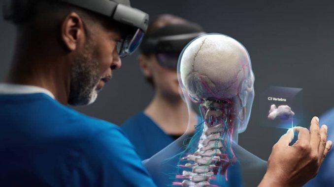 Microsoft HoloLens, Quelle: https://www.microsoft.com/en-us/hololens