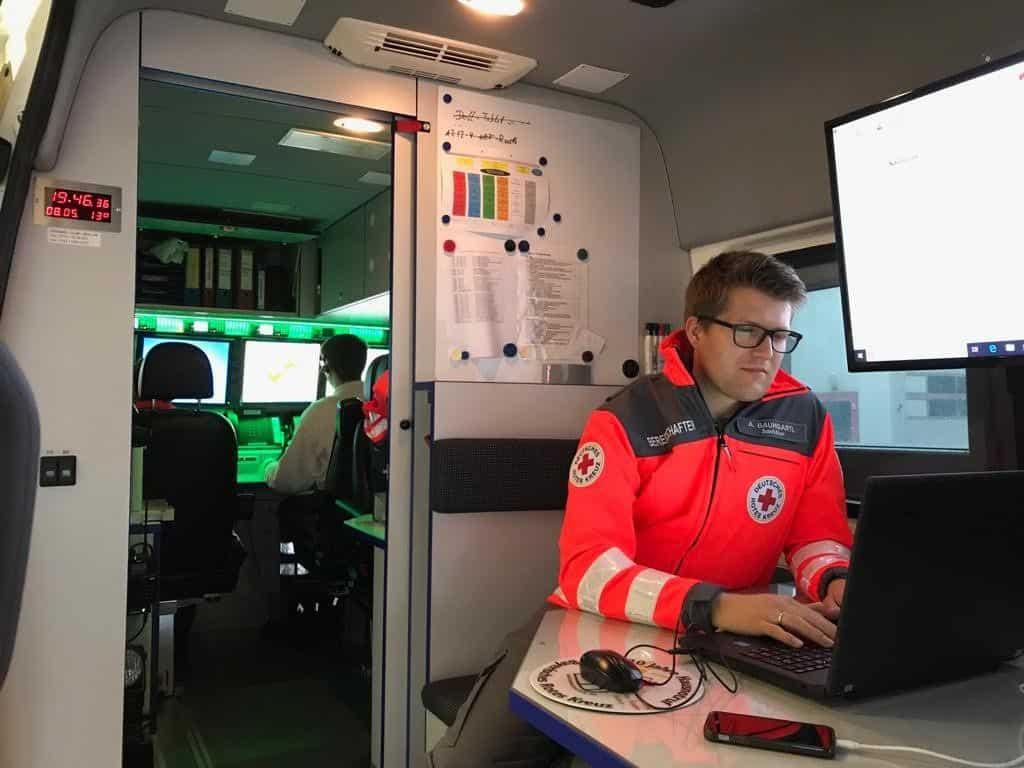 UGSanEL mit technischer Ausstattung zur Unterstützung der Einsatzleitung
